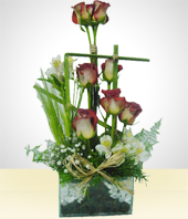 Flowers - The Eight Roses Arrangement