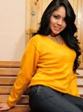 Sweater solid yellow- V neck